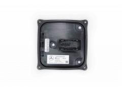 Штатный блок LED фар адаптива 204 Mercedes w204 A2189009103