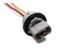 Патрон под лампу W21W (T20 одноконт.) с проводами, пластик TM Nord YADA